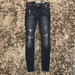 Dark/Medium Wash Ripped Hollister Skinny Jeans!